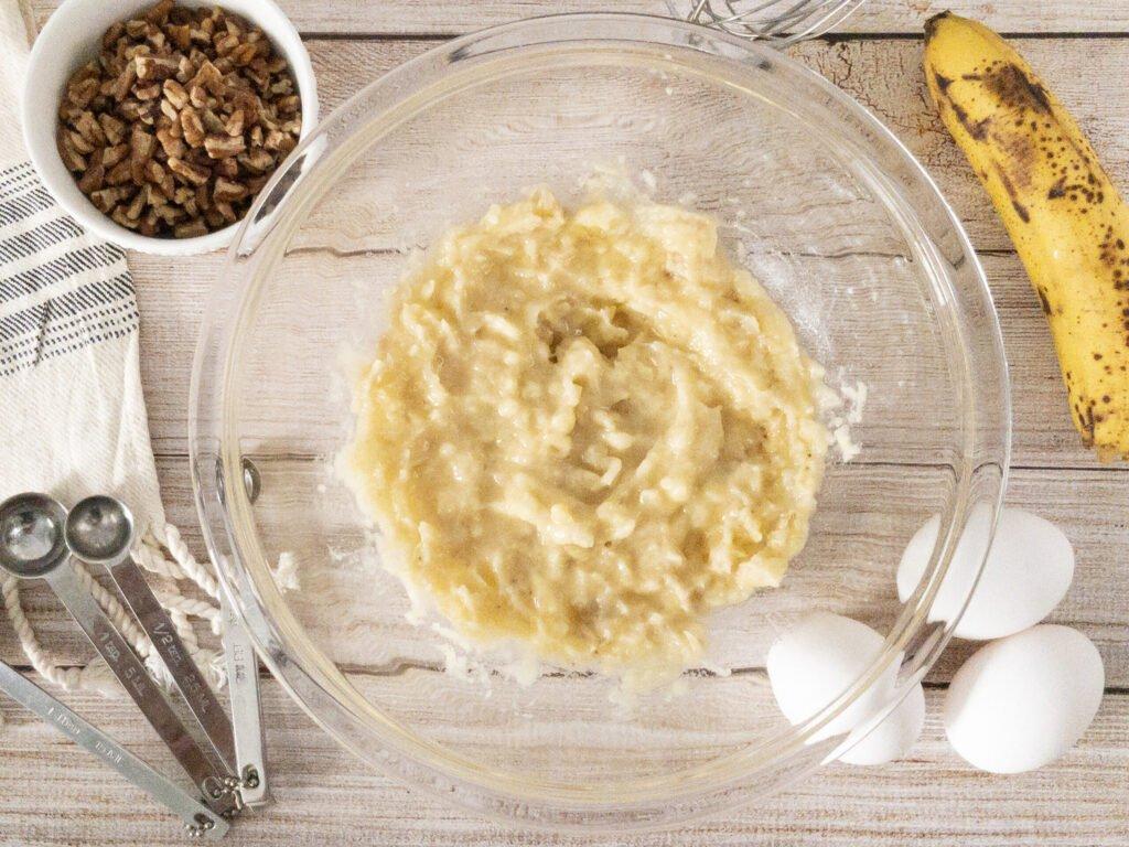moresweetthansalty.com-almond-flour-banana-muffins