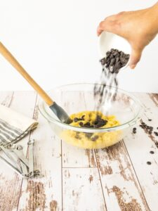 moresweetthansalty.com-keto-chocolate-chip-cookies-sweet