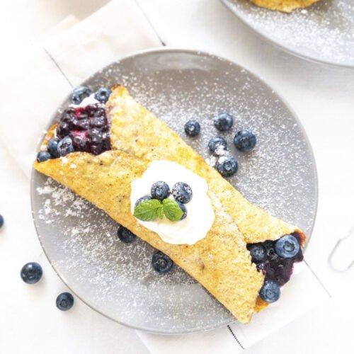 moresweetthansalty.com-keto-friendly-crepe-blueberry