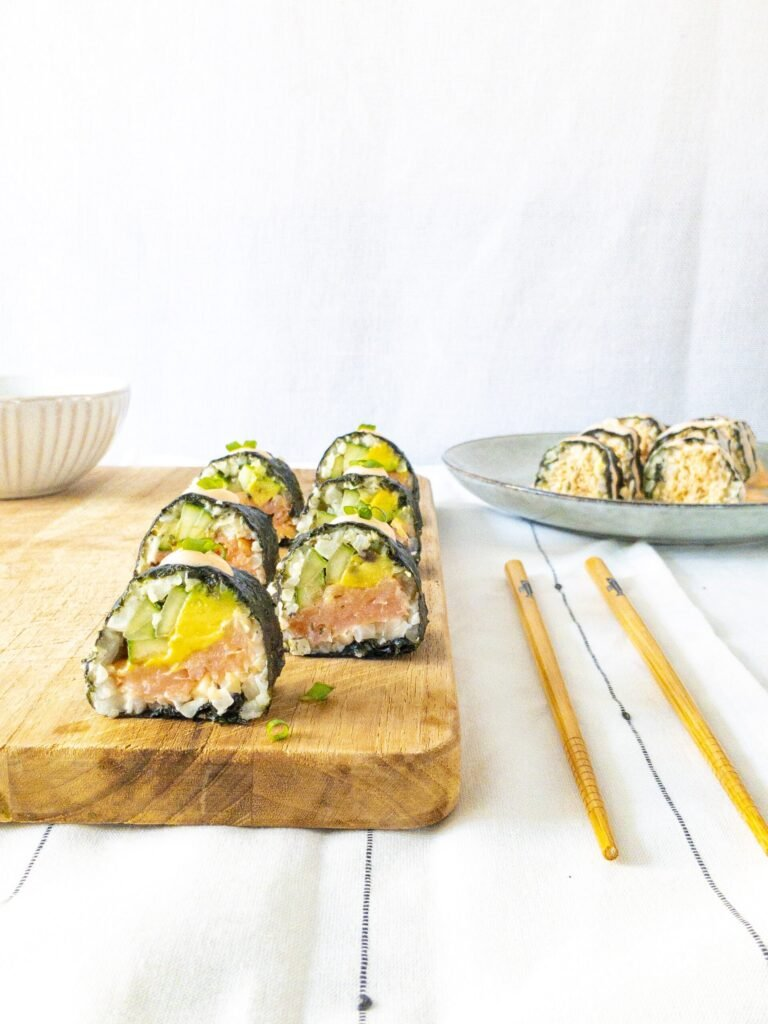sweetketolife.com-keto-friendly-sushi-cauliflower-salmon