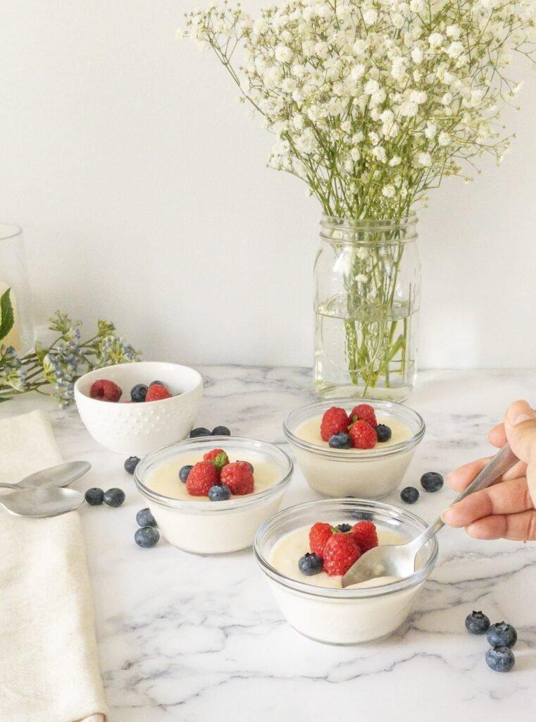sweetketolife.com-low-carb-panna-cotta-with-mascarpone-raspberry