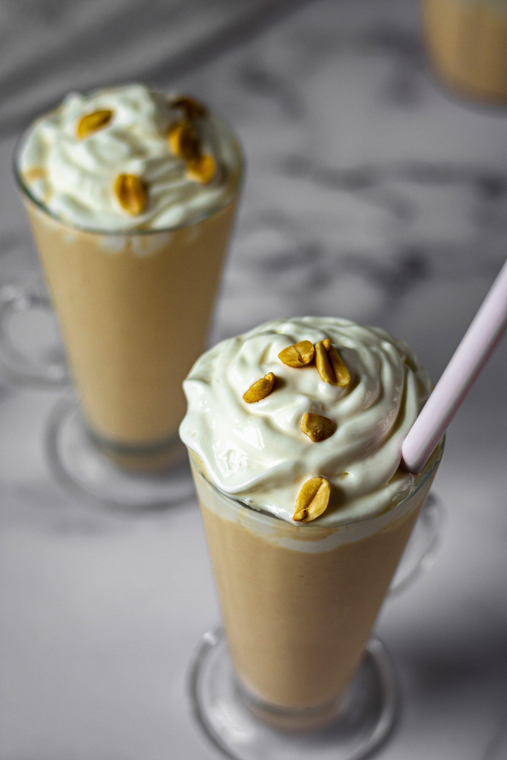 sweetketolife.com-peanut-butter-smoothie