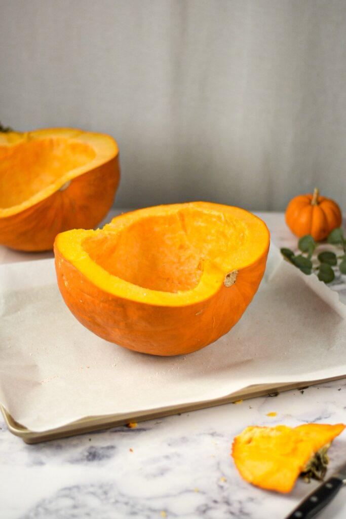 sweetketolife.com-keto-pumpkin-puree-roasting