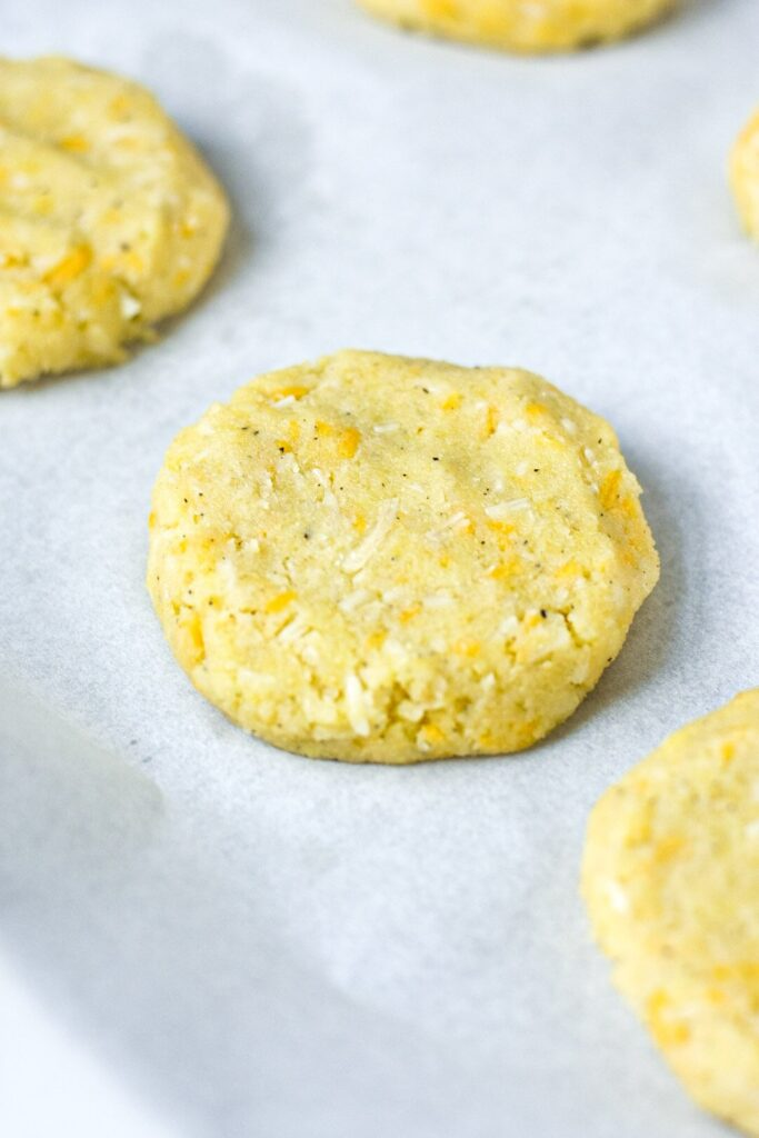moresweetthansalty.com-flourless-biscuits-recipe-keto-easy