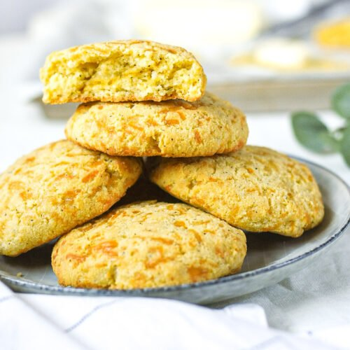 sweetketolife.com-flourless-biscuits-recipe-keto-low-carb