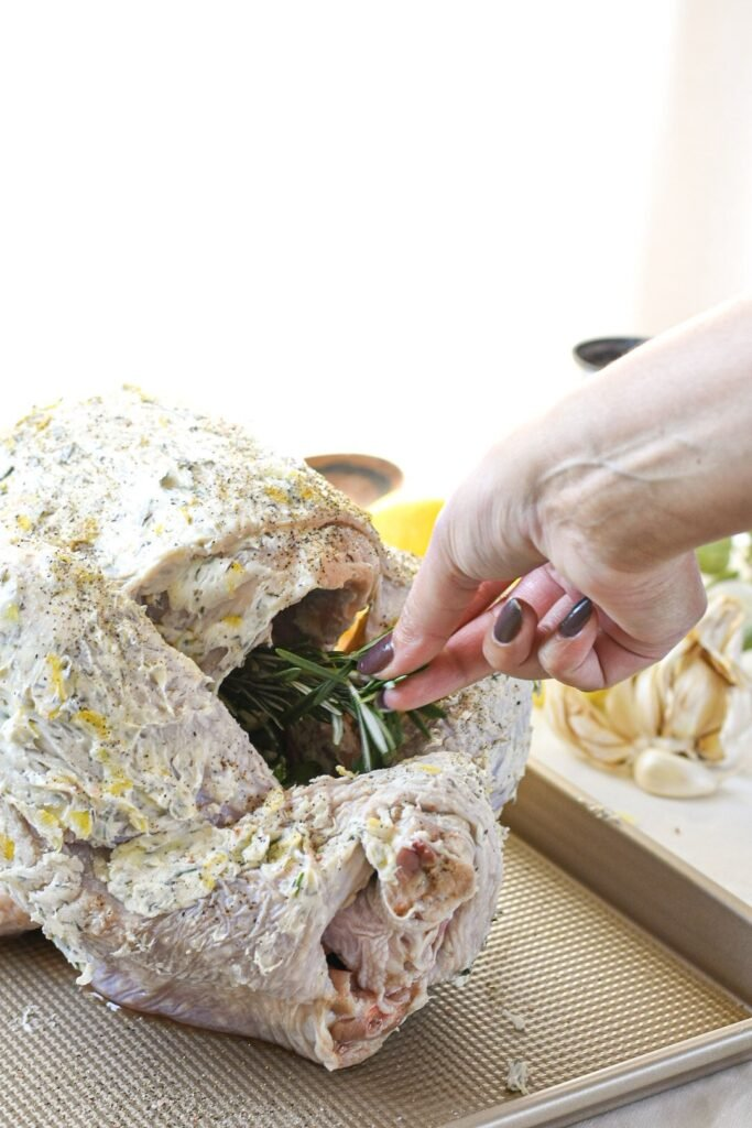 sweetketolife.com-keto-thanksgiving-turkey-recipes-rosemary