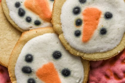 moresweetthansalty.com-sugar-free-christmas-cookie-recipe-keto-low-carb