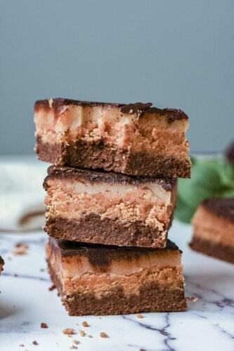 sweetketolife.com-keto-brownie-snickers-low-carb-treat