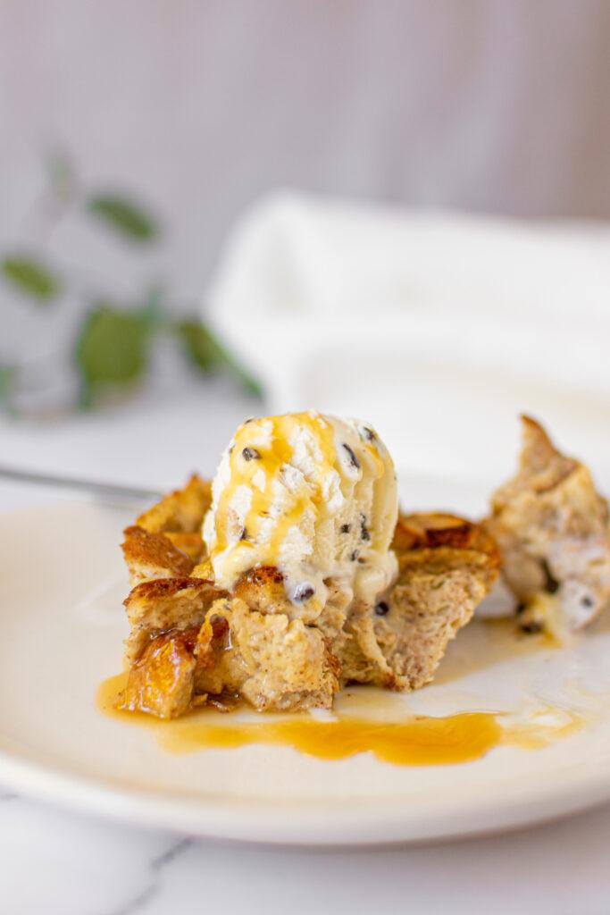 sweetketolife.com-low-carb-bread-pudding-recipe-caramel-sauce