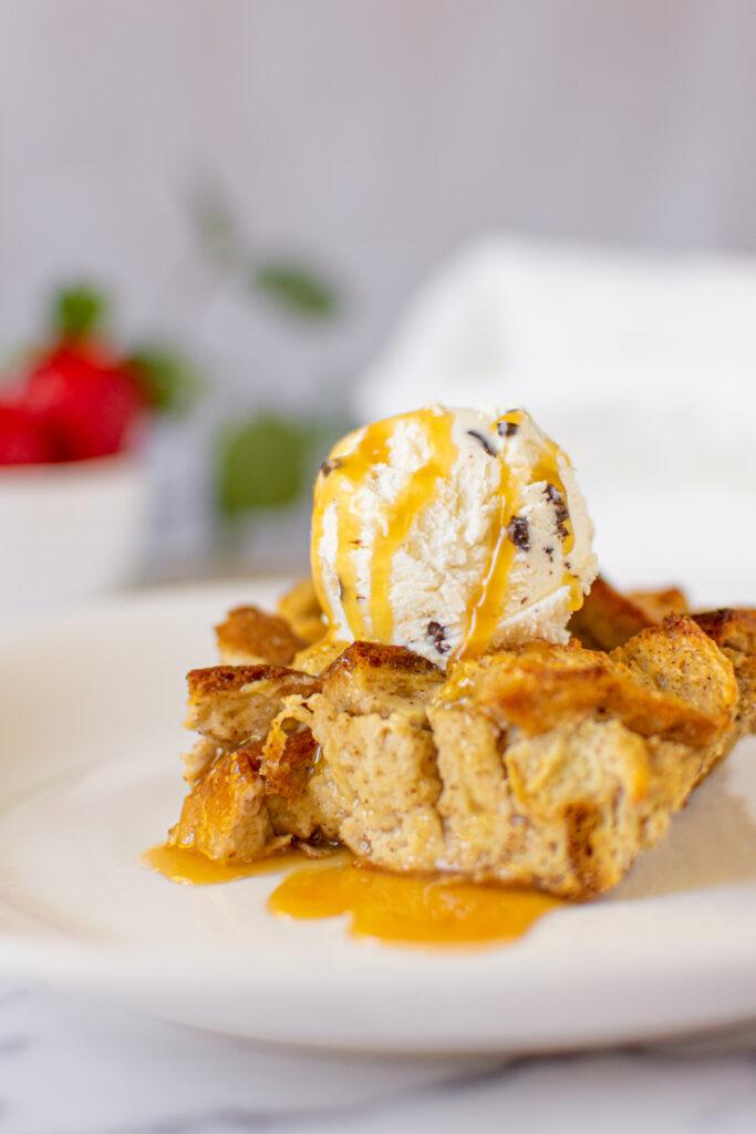 sweetketolife.com-low-carb-bread-pudding-recipe-with-caramel